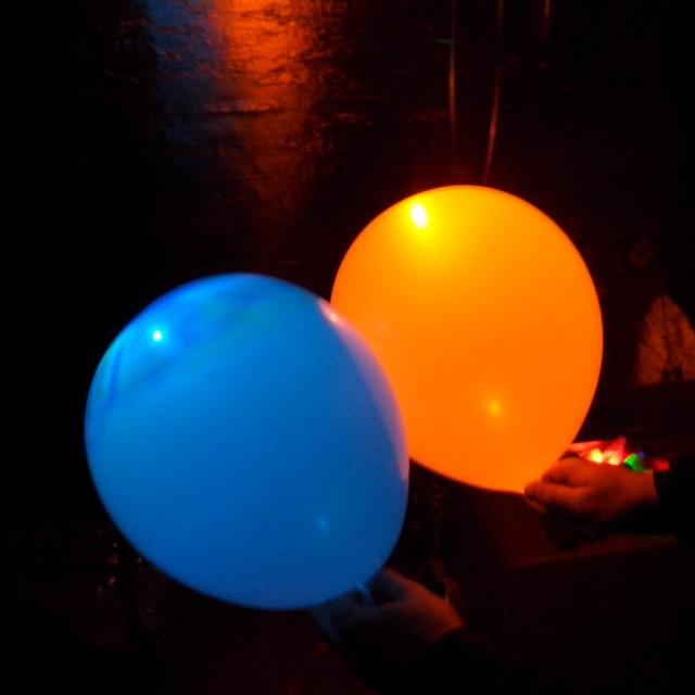 dlu9V3nY8l4-640x640 Светящиеся шары