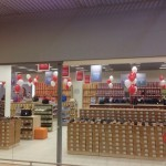 ShariBrest-112-150x150 Оформление магазинов
